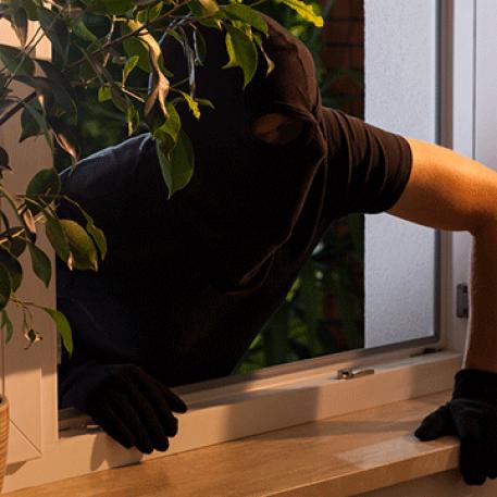 Odločite se za okna AJM s protivlomno zaščito in zaščitite svoje najbližje.